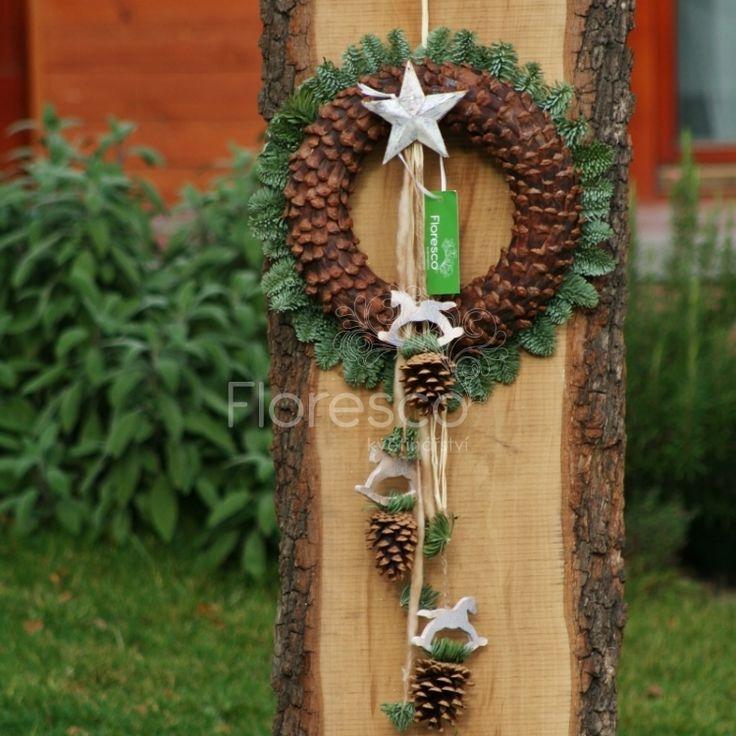 Výsledek obrázku pro věnec na dveře vánoční