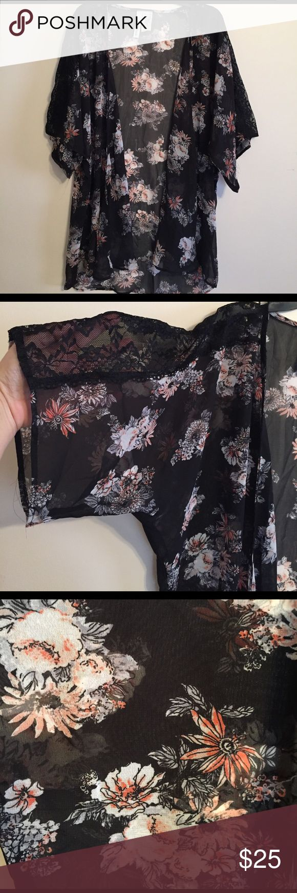 ✨Last Chance✨Gorgeous Cover Up / Robe Incredibly gorgeous Cover Up - Similar to LuLaRoe Monroe - New without tags LuLaRoe Intimates & Sleepwear Robes