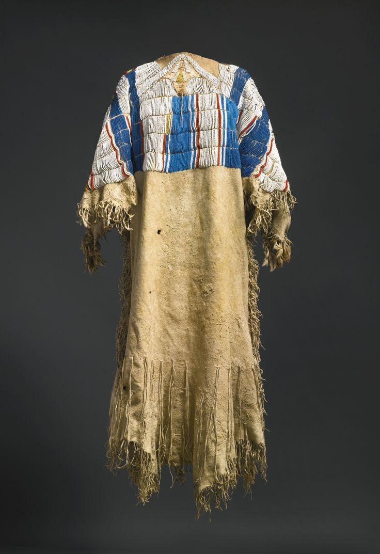 Plateau Beaded and Fringed Hide Dress, предположительно Не Персе.