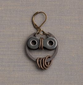 Owl earrings made from recycled bike parts   so freaking cute. could be a charm more than an earring and can be attached to key chains or cord for a necklace. really love this.