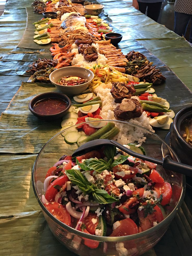 22 Best Images About Filipino Boodle Dining On Pinterest