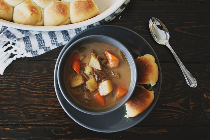 Venison Stew with Ale, Carrots, and Potatoes:http://dailyciabatta.com/venison-and-ale-stew-with-carrots-and-potatoes/