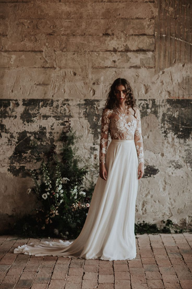 The Dusk gown / Nora Sarman Bridal / photo Pinewood Weddings