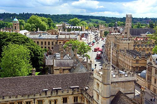 Oxford Town Centre, Oxford, UK   by Sampete