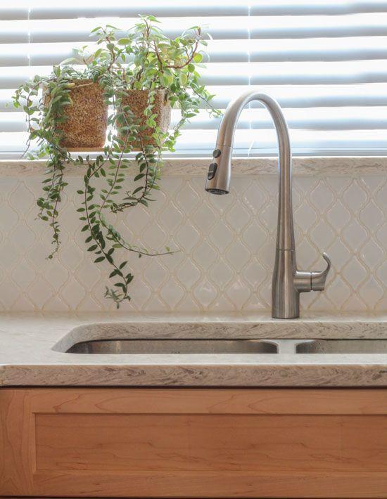 My Sister's New Kitchen: Surprise! It's NOT White or Subway Tile! | Maria Killam | True Colour Expert | Decorator
