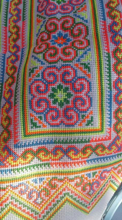 """""""Colourful sev Hmong"""""""