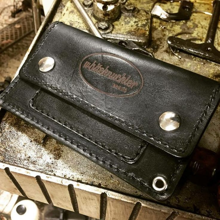 www.whiteknuckllerbrand.com All of our leather goods and accessories are made with small batch production methods using traditional methods right here in the USA! #whiteknucklerbrand