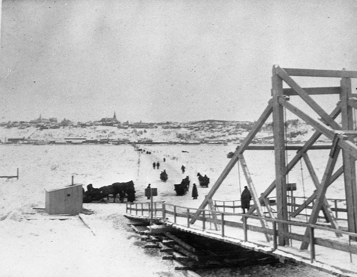 Ville de Québec - Pont de glace Québec -Lévis février 1898.