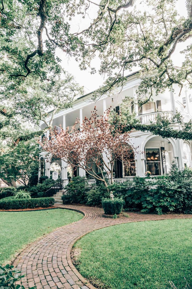Welcome to Charleston's oldest inn, Two Meeting Street, with just nine airy bedrooms full of antiques— Tiffany stained-glass windows; Audubon prints; Venetian glass fixtures. Settle into one of the rocking chairs on the wraparound porch and take in the sunset over Battery Park.
