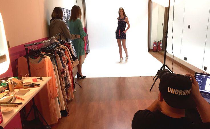Making of de la Sesión de Lookbook con modelos en nuestro estudio en Madrid - http://agenciafama.es/making-of-de-la-sesion-de-lookbook-con-modelos-en-nuestro-estudio-en-madrid/