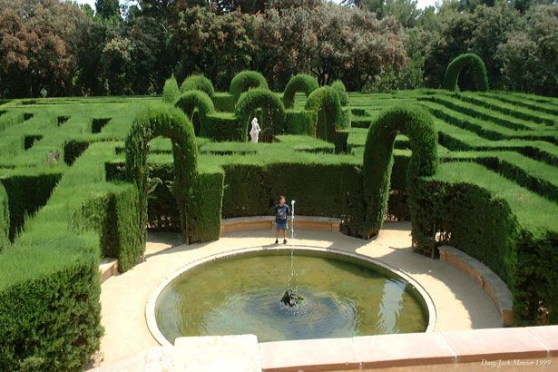 Yet another cool labyrinth! Labyrinth Of Horta