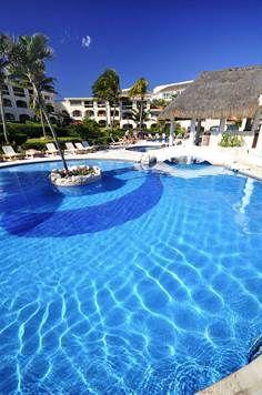 23 best images about wheninmexico on pinterest cozumel for Actual studio muebles playa del carmen