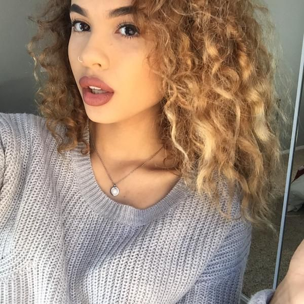 Pretty haircuts for teenage girls with curly hair