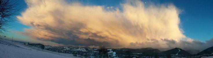 http://tatromaniak.pl/aktualnosci/c/armagedon-nad-podhalem-niesamowite-chmury-na-zdjeciach