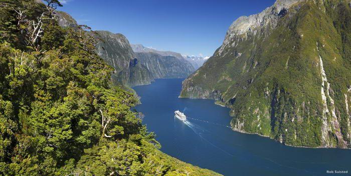 Naturen i Fiordland National Park er dramatisk og vakker. 10 plassar verdt å besøke på NZ