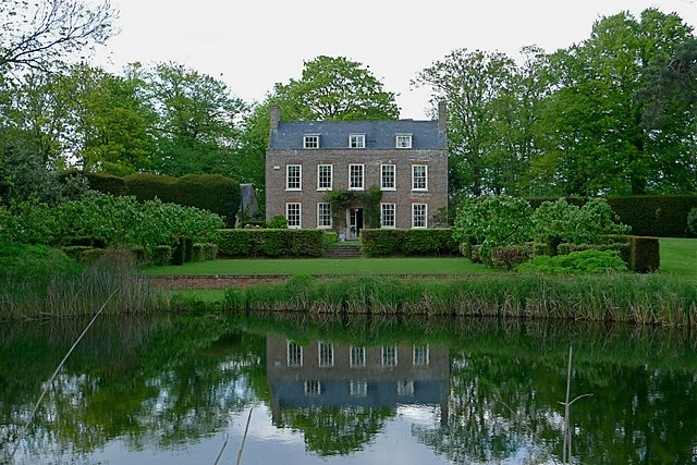a visit to an English Manor