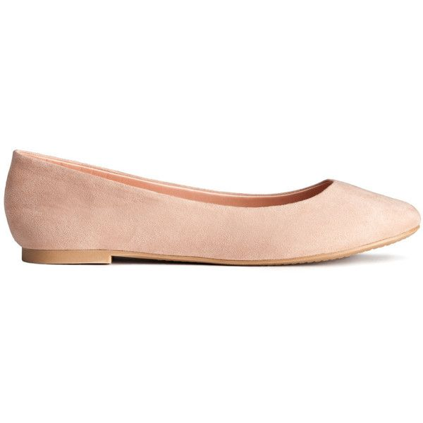 H&M Ballet pumps (£7.99) ❤ liked on Polyvore featuring shoes, flats, h&m, ballet / loafers, hm, beige, ballet pumps, loafer flats, ballet shoes and loafer shoes