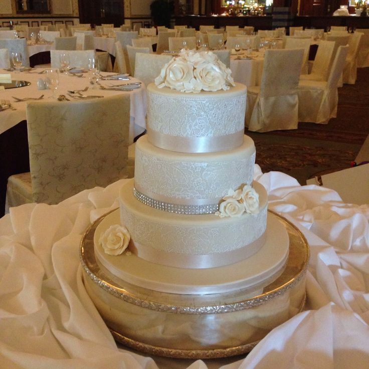 3 Tier Piped Dots And Diamante Wedding Cake: 56 Best Fondant Iced Wedding Cakes Images On Pinterest