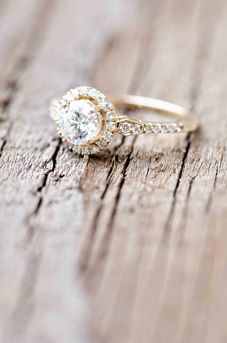 Wilson Diamonds: Ring Style Number R5570e #yellowgold #vintagering