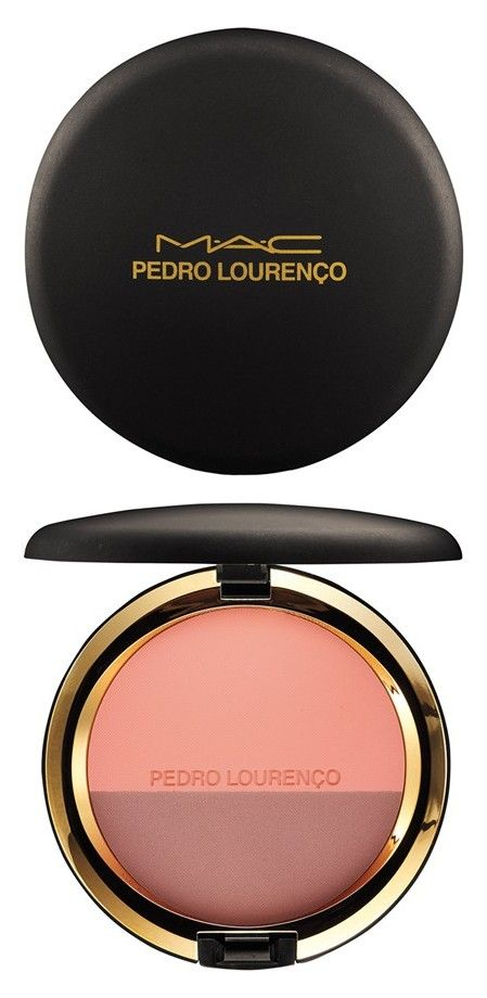 Two complementary shades to give your cheeks the perfect kiss of color.