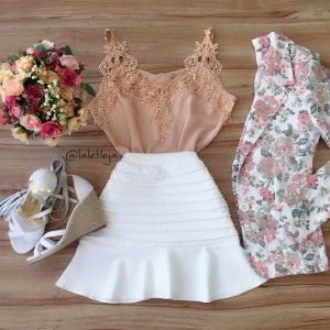 Blusa + saia branca