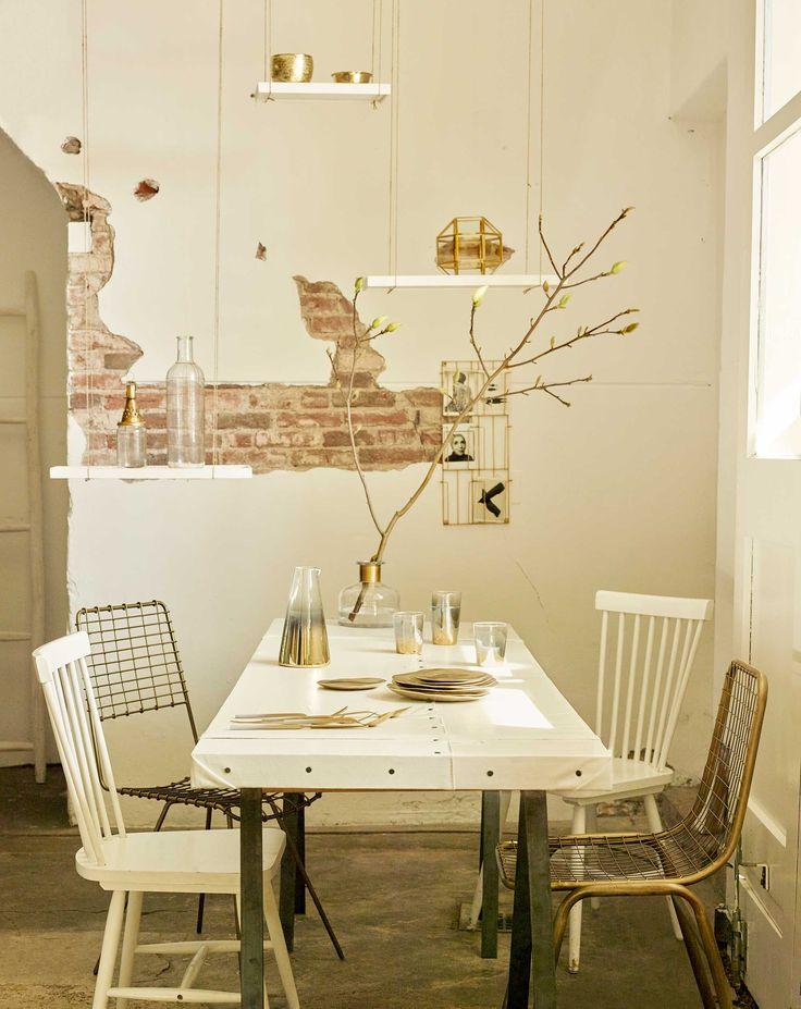gouden eethoek | golden diningroom | vtwonen 07-2016 | Photography Tjitske van leeuwen | Styling Marianne Luning