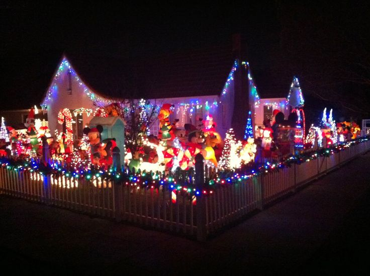 20 best spectaular christmas decorations images on pinterest fix it projects on my 1920 craftsman style bungalow and musings on random bits of arcane knowledge related however vaguely to the project at hand publicscrutiny Image collections