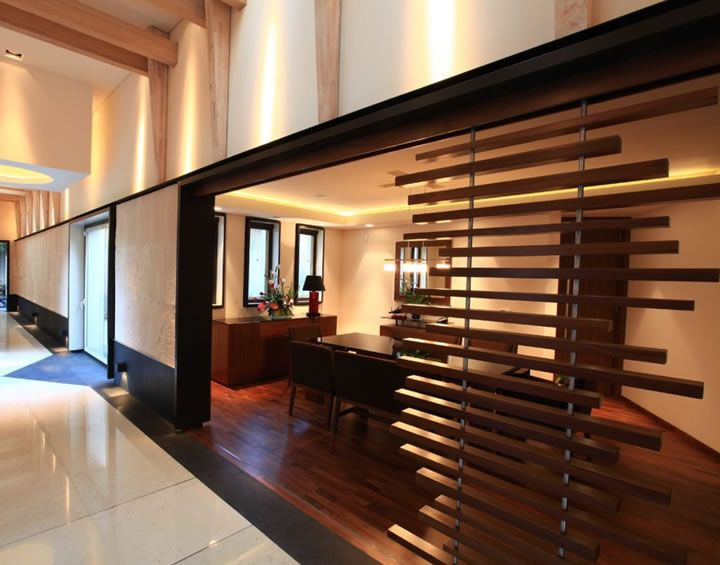 17 mejores ideas sobre puertas metalicas exterior en for Celosias para interiores