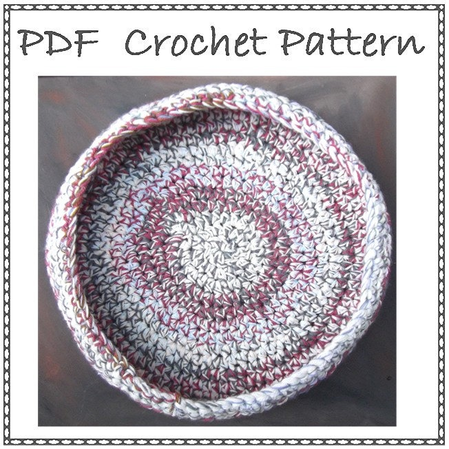 Crochet Patterns Pet Beds : Crochet Pet Basket Pattern PDF Chunky Cat Dog Bed by beaknitting