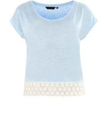 Light Blue Crochet Daisy Hem T-Shirt