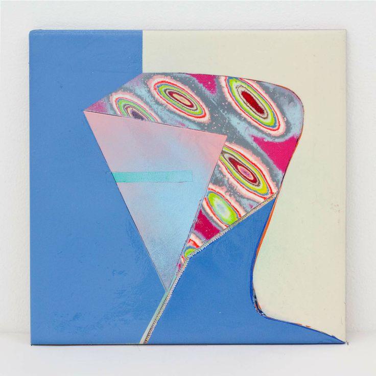 "Akiyoshi Mishima ""Not such issue, 013″, 2014 Lackspray, ceramic 20 x 20 x 1,5 cm"