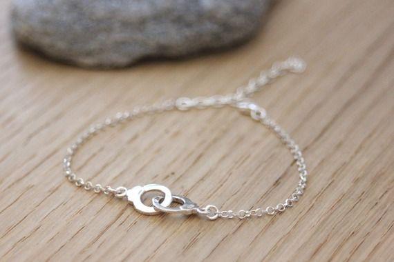 Bracelet menottes en argent massif - Bracelet fin en argent - Emmafashionstyle - Valenteens Créateurs