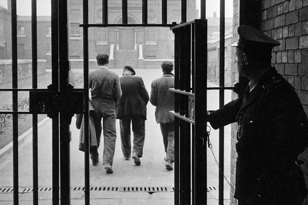 St Giles Trust: Could mentors meeting ex-cons at prison gates be best way to stop them returning to crime? - Mirror Online