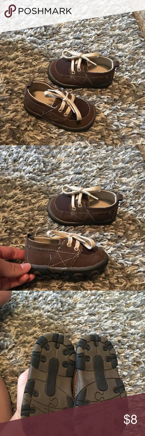 Adorable brown casual shoes I loved pairing these with khakis or jeans on my little guy.. He was not yet walking when wore these so theyre in great condition still! Shoes