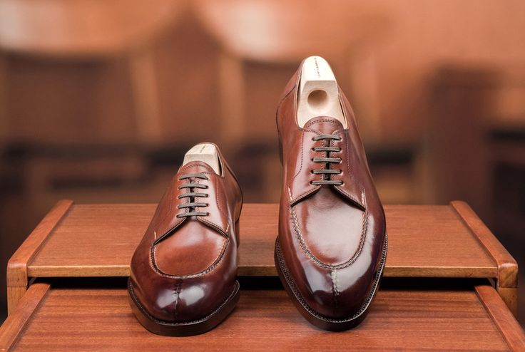 Pick Of The Day: Saint Crispin's Split Toe - http://www.mnswr.com/pick-day-saint-crispins-split-toe/ Menswear style inspiration || #menswear #mensfashion #mensstyle #style #sprezzatura #sprezza #mentrend #menwithstyle #gentlemen #bespoke #mnswr #sartorial #mens #dapper