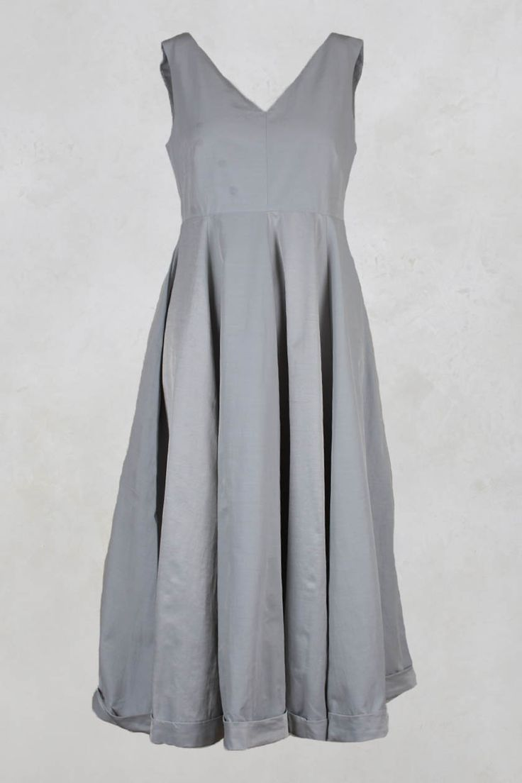 Sleeveless Dress with Pleats in Grey - Les Filles D'ailleurs