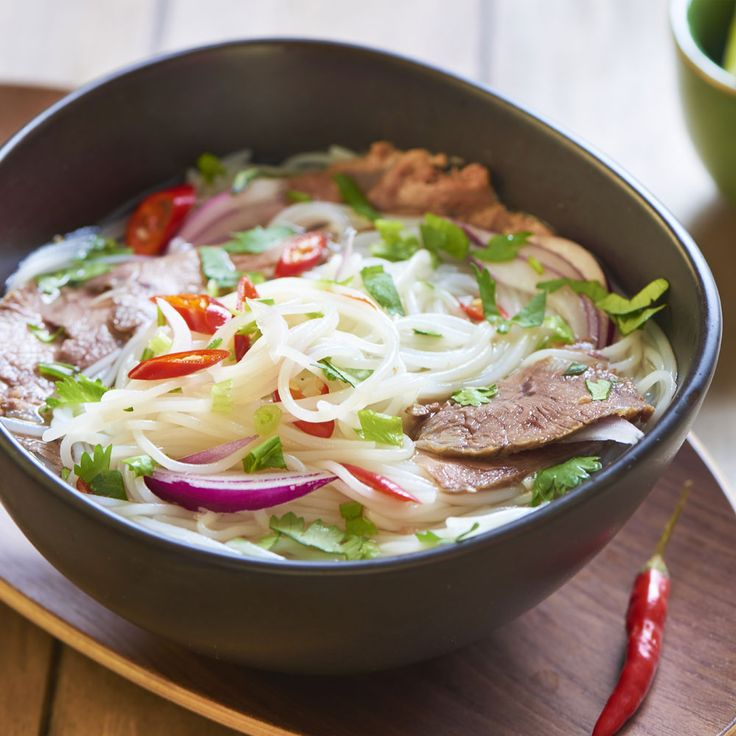 From Russia to Vietnam to taste a delicious soup known as Pho: rice noodle with beef broth enriched with mint, lime and soy bean sprouts.#TUTTOFOOD2017 #FoodOnTour
