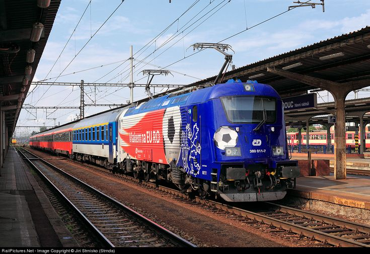 RailPictures.Net Photo: 380.011-7 CD - Ceske Drahy multi system locomotive at Olomouc, Czech Republic by Jiri Strnisko (Strnda)