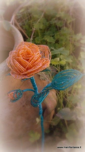 fiori di perline la rosa inglese