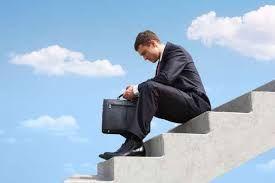 Algunas empresas no admiten el fracaso de un producto determinado y al contrario tratan de arreglarlo, lo que con el tiempo lleva al fracaso. Lo conveniente es reconocer un fracaso a tiempo para reducir posibles perdidas.
