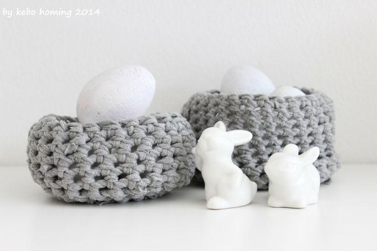 Osterkörbchen aus #T-Shirt-Garn #gehäkelt #Eastre #t-shirt yarn #crochet baskets