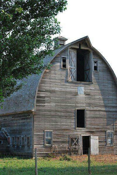 Nice old barn..