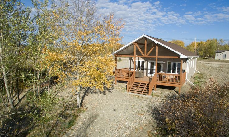 The Salem, a cottage RTM at Rossman Lake, Manitoba built by Bailey Homes.