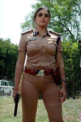 Foto Namitha Polisi India Paling Hot
