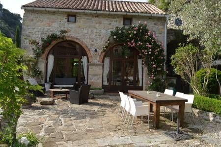 Vyhraj noc v Idyllic house + big garden -Ardeche - Domy k pronájmu v Banne na Airbnb!