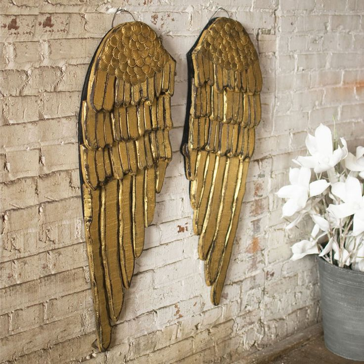 Gold wings wall plaque