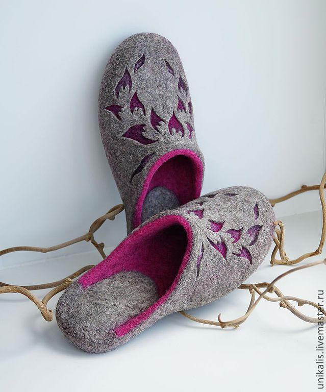 "Валяные тапочки ""Мерцание"". - серый,натуральный,натуральная шерсть,валяные тапочки"