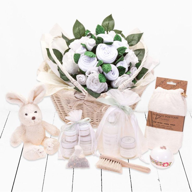 Luxury Baby Gift Hamper : Luxury new baby gift basket with unisex gifts all