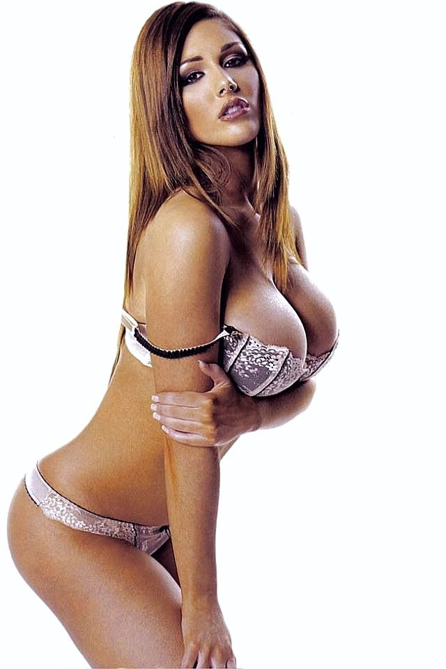 Lucy Pinder #lucy_pinder