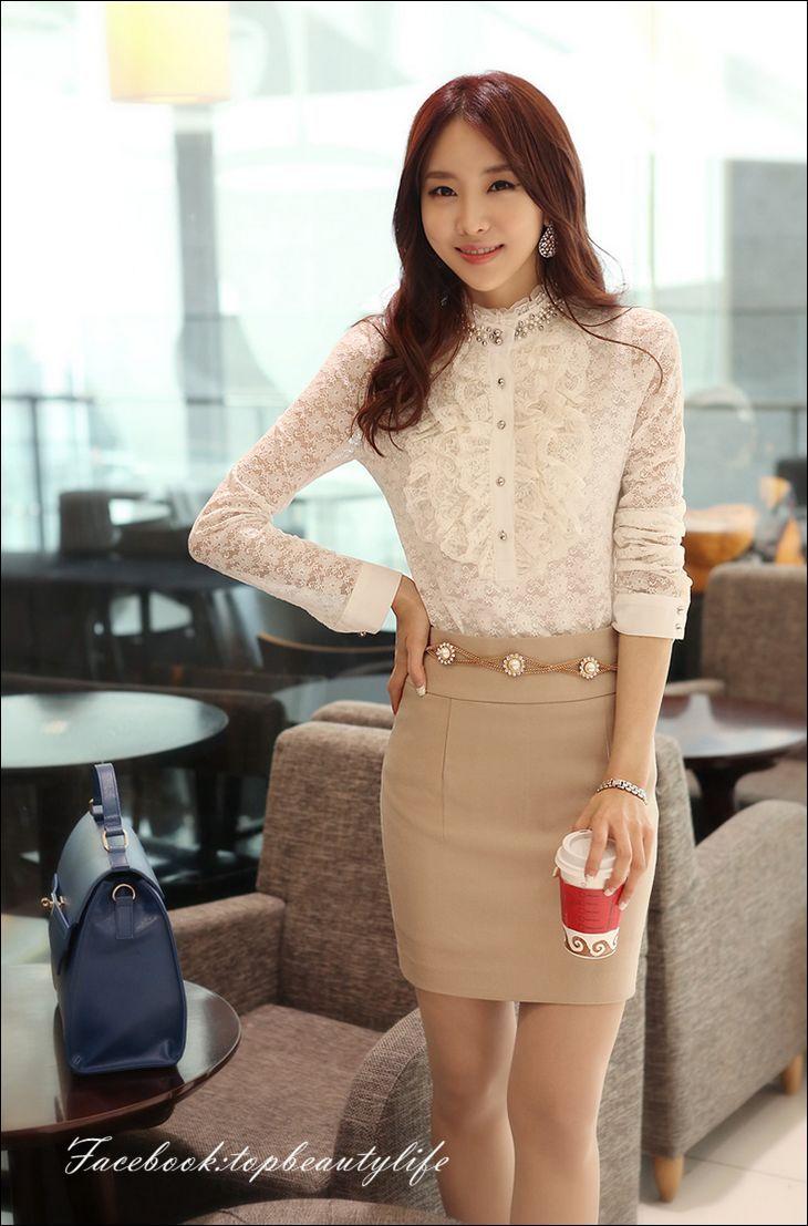 2013 Korean Style Fashion Lace Ruffles Beading Long Sleeve Bodysuit Shirts, White